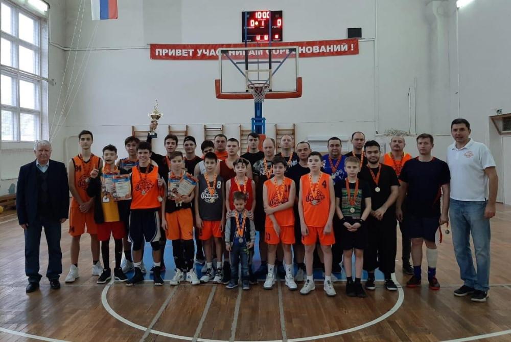 Ежегодный спортивный праздник — турнир «Отцы и дети»!